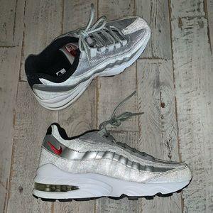 🌟Nike Air Max🌟 '95 QS (GS) 'Silver Bullet' 🌟
